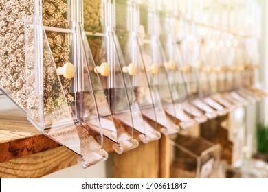 Online distributors of bulk food in an organic store