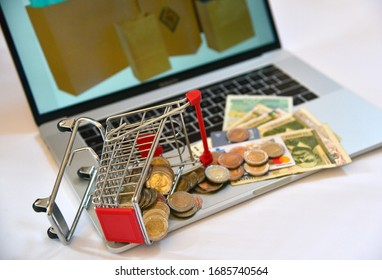 Online Shopping Website on Laptop. Smartphone, iPhone, iPad and Laptop. Smartphone Shopping Cart read Online Article, Blog. Digital Payment igateway in Sofia Bulgaria March 20. 2020