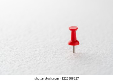 Only one pushpin pin on, idea concept for business success.