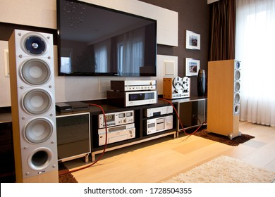 Ontario/Canada - 18 03 2017: Vintage Stereo Gear in Modern Media Room Interior angled view
