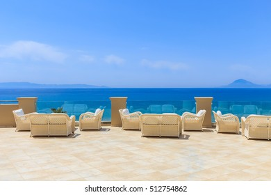 open air terrace with sea view
