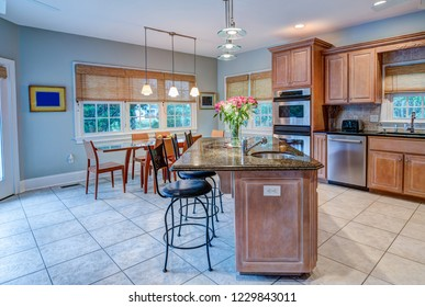 Open concept kitchen and dining room apartment