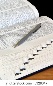 Open Dictionary with Pen