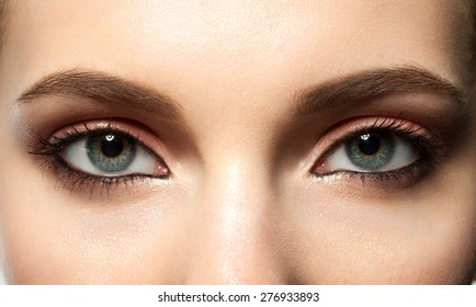 how to open eyes with makeup