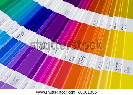 open pantone sample colors catalogue の写真素材 今すぐ編集