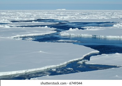 Open passage in pack ice