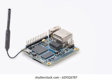 Open source single board computer, for anyone who wants to start creating with technology. It can run different open source operating systems.