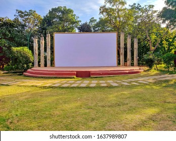 Open stage in parks / outdoor