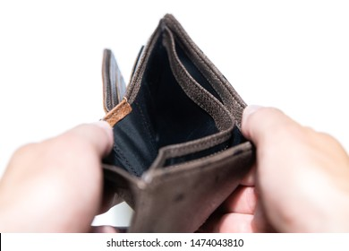Opened up wallet with nothing inside