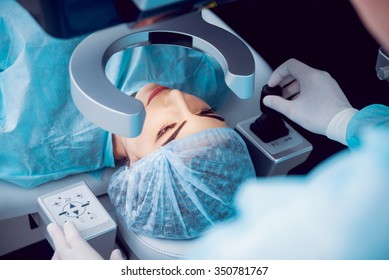The operation on the eye. Cataract surgery