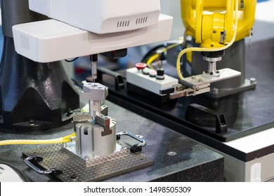 operator inspection high precision part by CMM coordinate measuring machine, CMM for inspection and reverse engineering by cnc programing control, high accuracy part verification