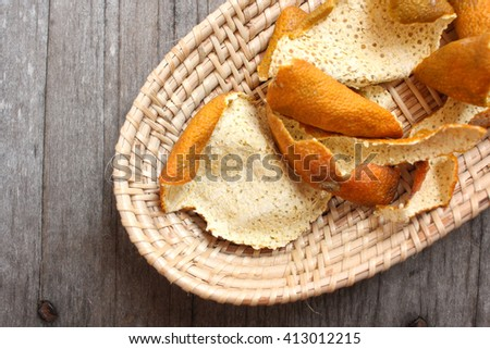 Orange dried peel