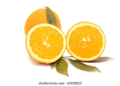 Orange juice and freshly squeezed orange