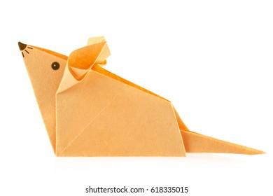 Orange mouse of origami, isolated on white background