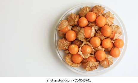 Orange Organic Cape Gooseberries fruit top view
