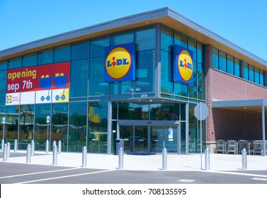 ORANGEBURG,SOUTH CAROLINA/USA-SEPTEMBER 3,2017 FOURTH LIDL GROCERY STORE TO OPEN IN SOUTH CAROLINA