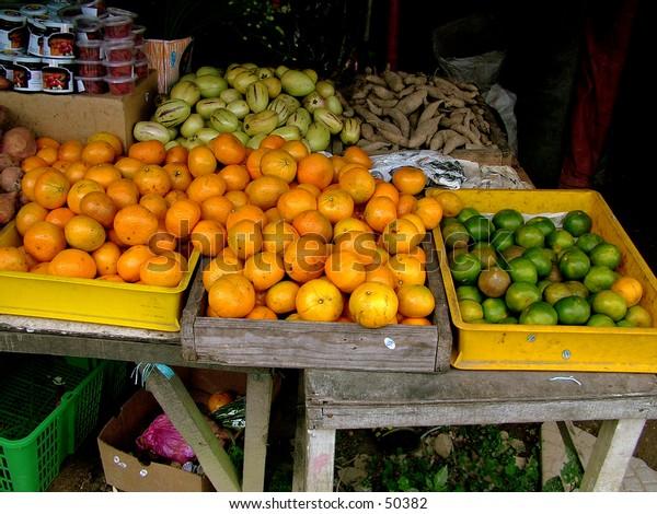 Oranges - market display