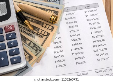 Order for delivery with dollars, pen and calculator