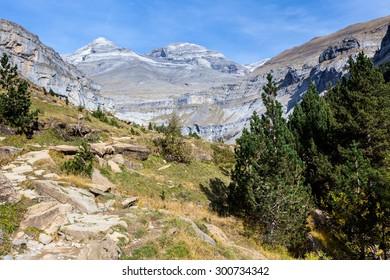 Ordesa valley and Monteperdido mountain