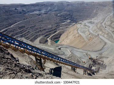 ore conveyor in open pit mining