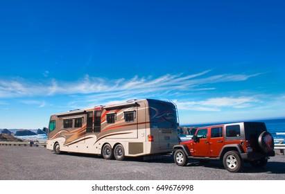 OREGON COAST, USA - September 3, 2009: Recreational vehicle parked alongside the Pacific Ocean, Oregon Coast