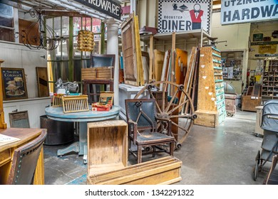 Oregon, United State - May 11, 2018 : Vintage Hardware in Astoria, Oregon, USA. Vintage Hardware is a antique store sells variety of old stuffs and some visitors arehar looking around in store.