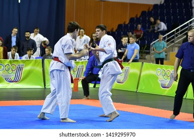 "Orenburg, Russia - March 5, 2017 year: Boys compete in karate on Championship Orenburg region on kiokusinkaj ""Sinkekusinkaj"""