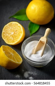 Organic cleaners with baking soda and lemon