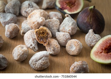 Organic dried and fresh figs.