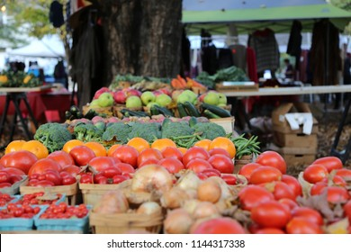 Organic fruit and vegetables at a farmers market during fall