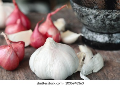 Organic garlic with shallot