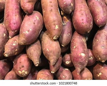 Organic japanese sweet potato in the market.
