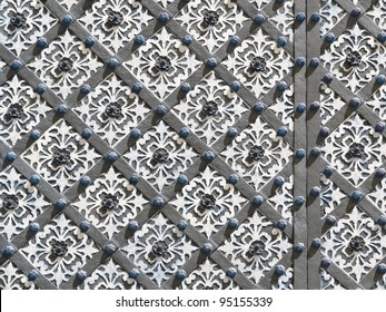 Oriental, geometric, blue and white, decorated wrought iron ornament on entrance door. For oriental maghreb exterior or religious architecture designs. More of this motif & more backgrounds in my port