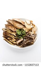 Oriental medicine (kudzu vine, licorice, acanthopanax, Oriental raisin tree)