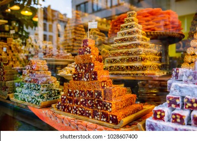 Oriental sweets at the market