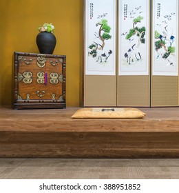 A Oriental(korean, Japanese, Chinese) Style Vintage(old) Luxury Living