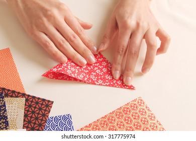 Origami, hand