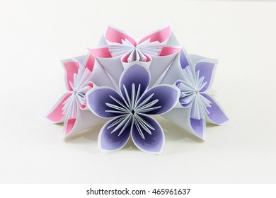 Origami instructions: How to make an IvaMia Kusudama | 280x390