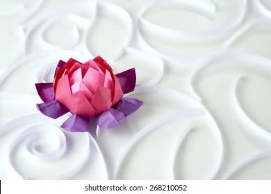 Origami lotus floer