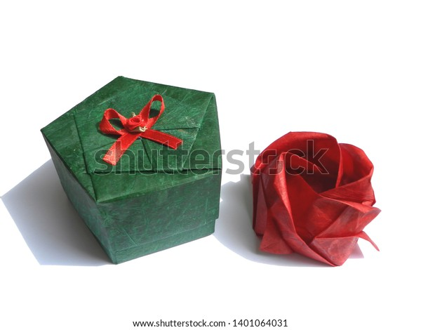 Origami Magic Rose Cube : 17 Steps (with Pictures) - Instructables | 470x600