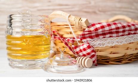 Original winnie the pooh honey jar. Unique honey jar. Rare honey pots. Glass Jar for honey.