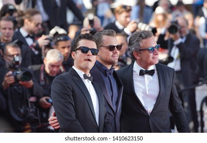 "Orlando Bloom and Leonardo Di Caprio attend the screening of ""The Traitor"" during the 72nd annual Cannes Film Festival on May 23, 2019 in Cannes, France."