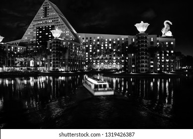 ORLANDO, FLORIDA – JANUARY 19, 2009: Swan and Dolphin hotel welcomes 8000 attendees of IBM Lotusphere conference on January 19, 2009.