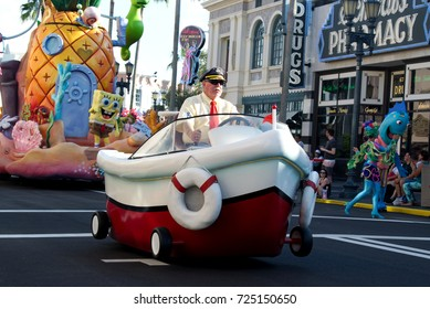 Orlando, Florida September 2017: Sponge Bob in Universal Studios (Universal's Superstar Parade)