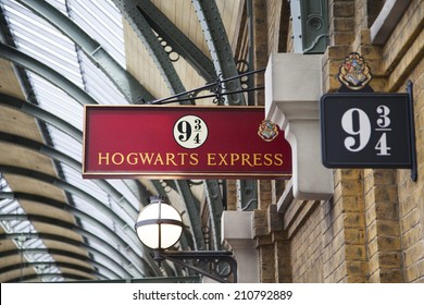 ORLANDO, USA - AUGUST 4, 2014: Sign 9 3/4 Hogwarts Express. The  Wizarding World of Harry Potter - Diagon Alley of Universal Studios Orlando. Universal Studios is a park in Orlando, Florida, USA