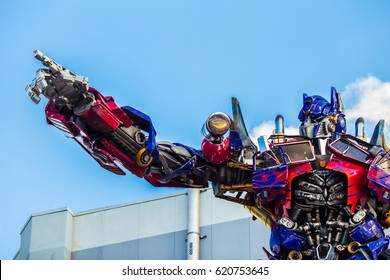 ORLANDO. USA. FLORIDA. APRIL. 2017: Universal Studios. Entrance of Transformers 3D ride.