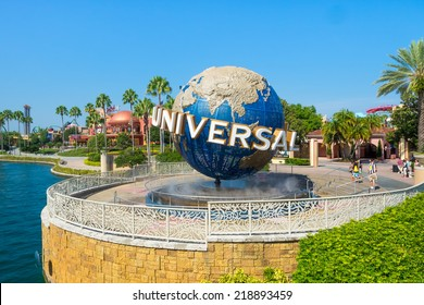 ORLANDO,USA - AUGUST 23, 2014 : The famous Universal Globe at Universal Studios Florida theme park