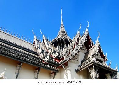 ornamental roof of Sanphet Prasat Palace