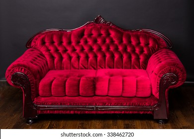 Ornate luxury antique red love seat couch