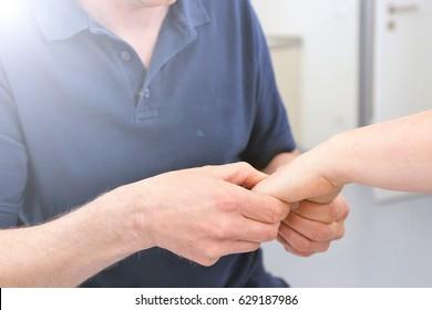 Orthopedist examine wrist